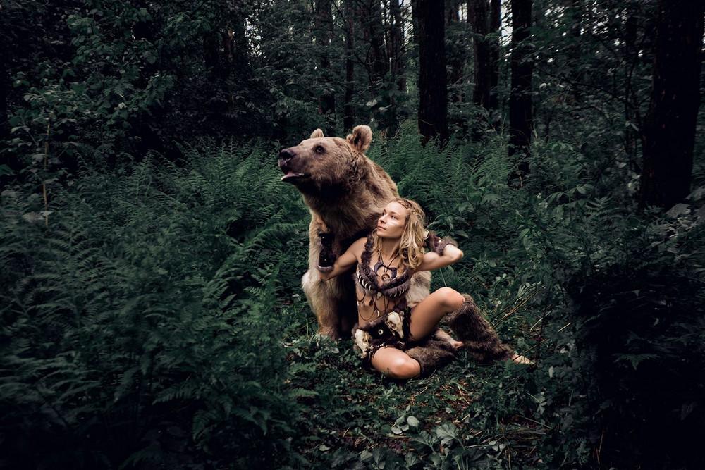 Фотограф Ольга Баранцева снимает рискованные фотосессии с настоящими дикими животными (16 фото)