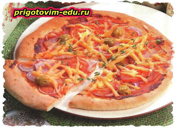 Пицца «Пикантная» с копченой грудинкой