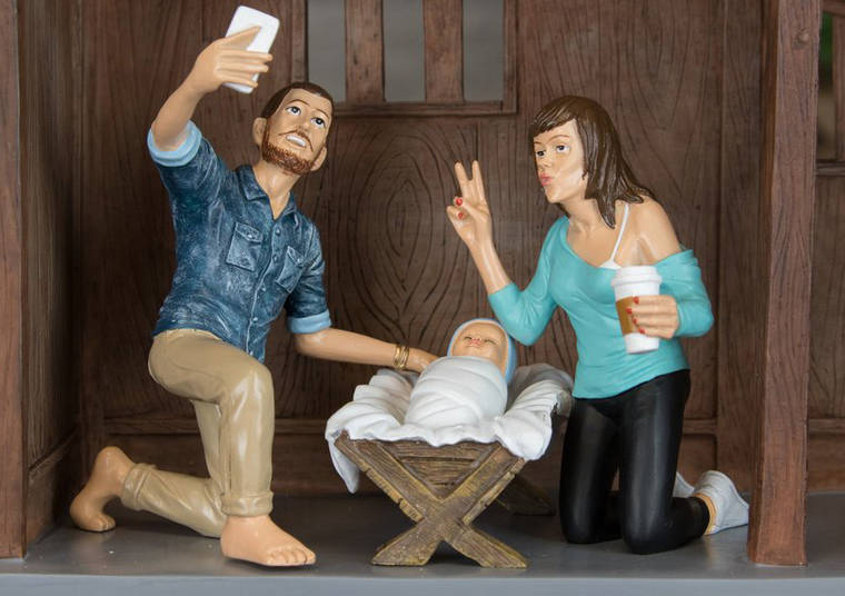 Hipster Nativity – This year, give a hipster look to your Christmas Nativity scene (9 pics)