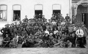 1918. Командиры и политработники полка имени Степана Разина