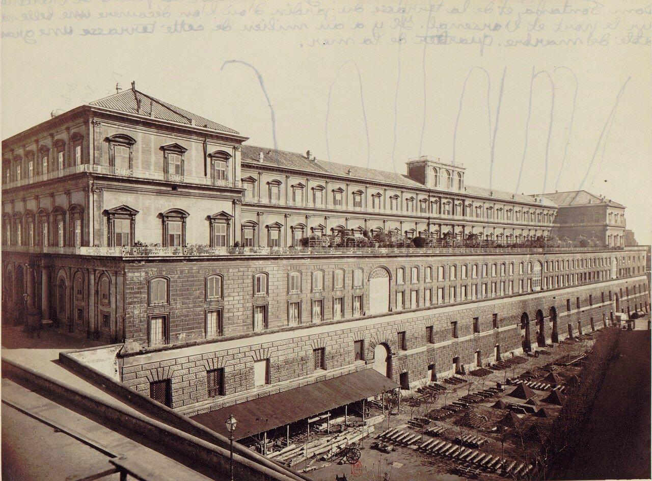 11. Королевский дворец (фасад)