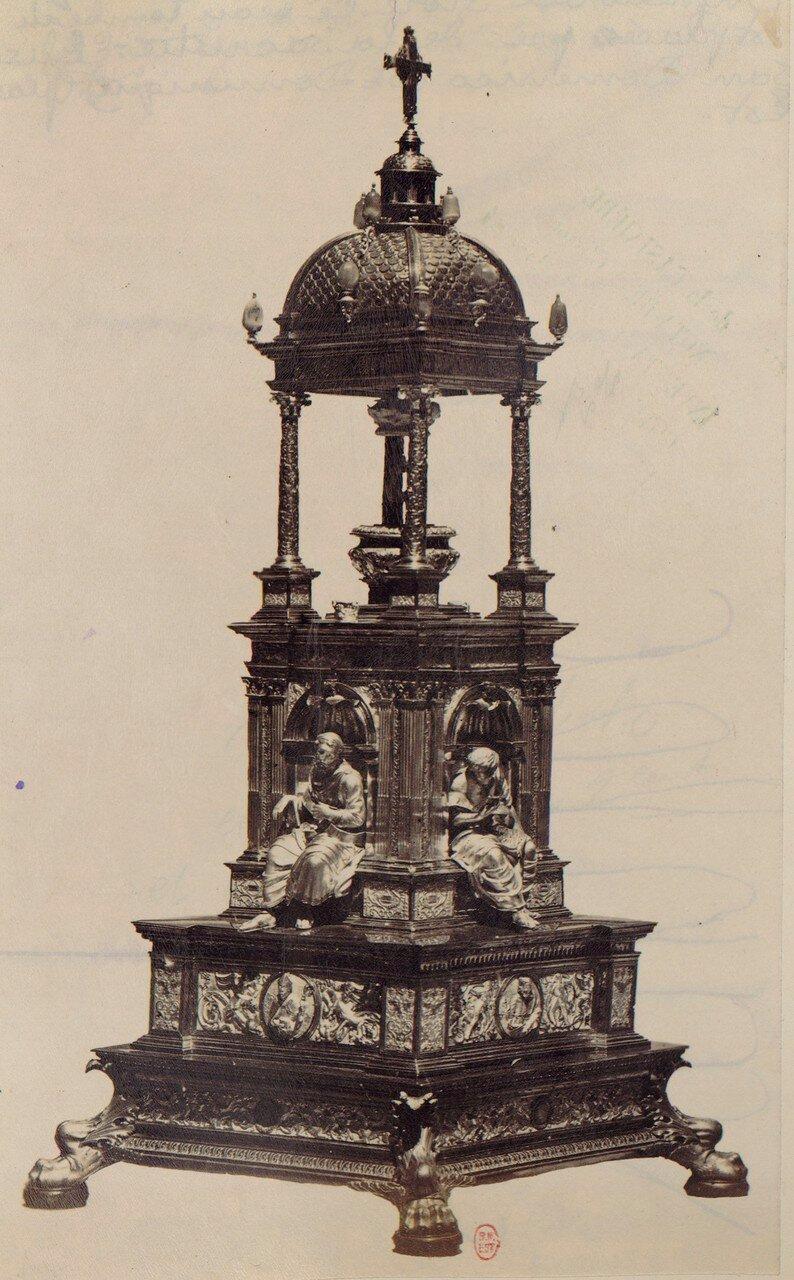 51. Церковь Сан-Доменико Маджоре. Гробница Мариано Атагни и Катарины Урсино
