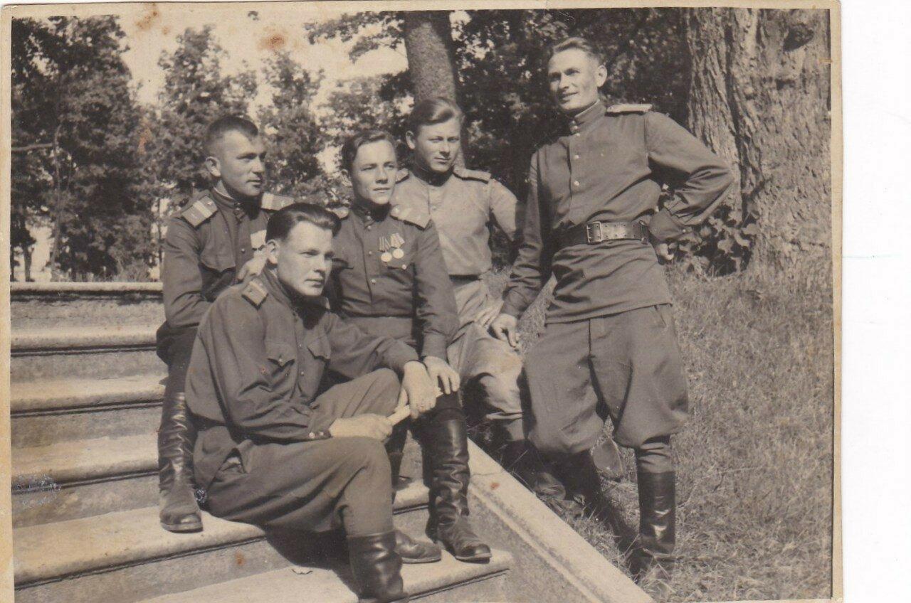 1949. В Гатчинском парке
