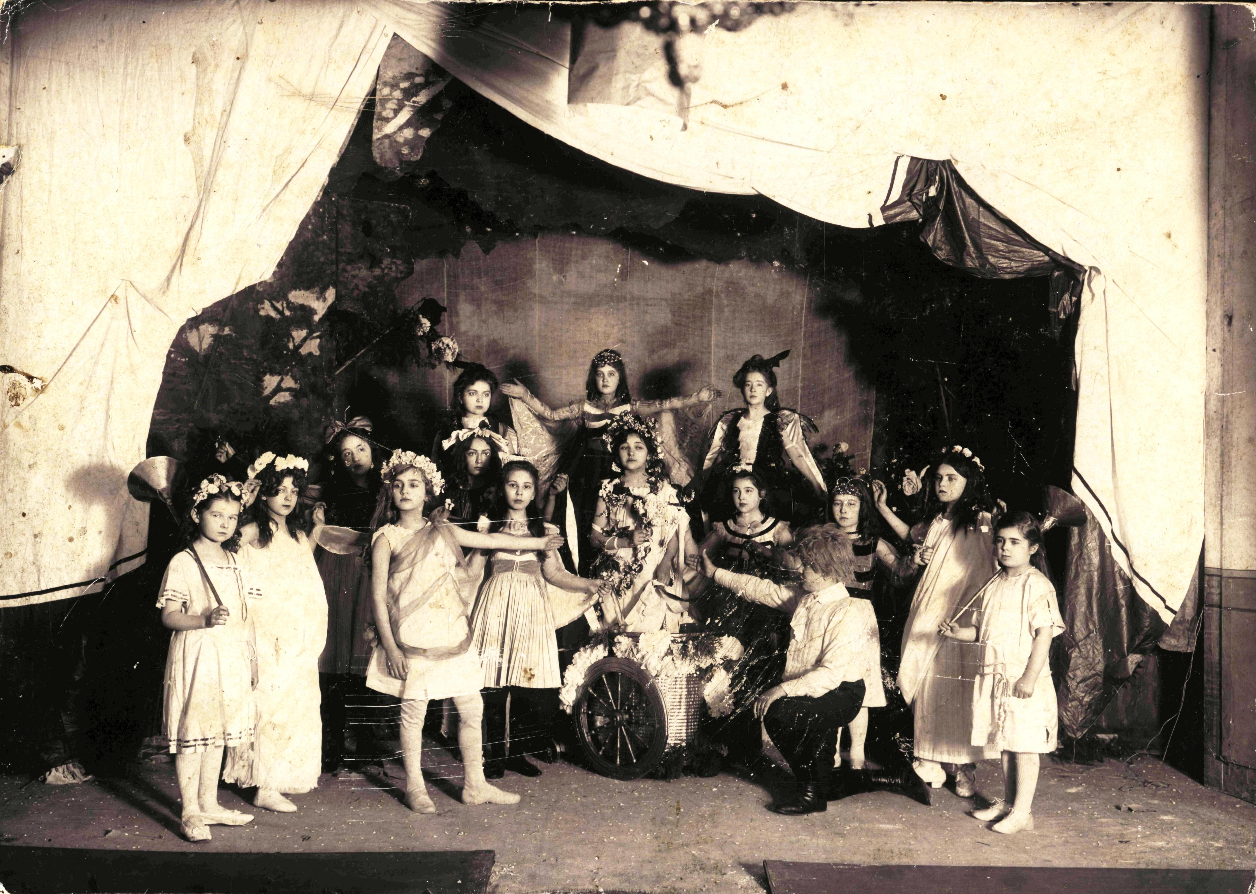 Любительский театр в Муромской женской гимназии. Муром, 1910 – 1912