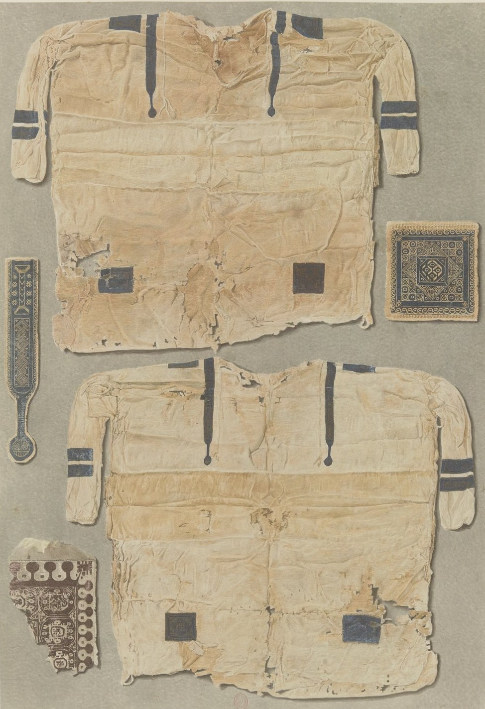 Саккара. Туника, найденная в гробнице