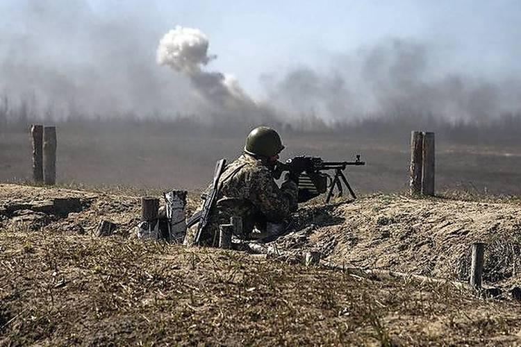 Боевики 70 раз за сутки обстреливали наши позиции: крупнокалиберная артиллерия била по Широкино, Водяному, Талаковке и Лебединскому