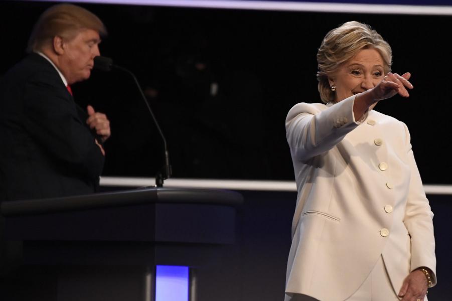 Клинтон и Трамп, последние дебаты.png