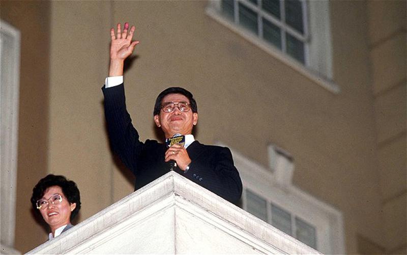 2. В 2007 году бывший президент Перу Альберто Фухимори был экстрадирован из Чили, чтобы предстать пе