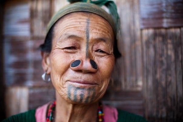 их не забирали в жены представители других племен. Татуаж становился демонстрацией того, что они