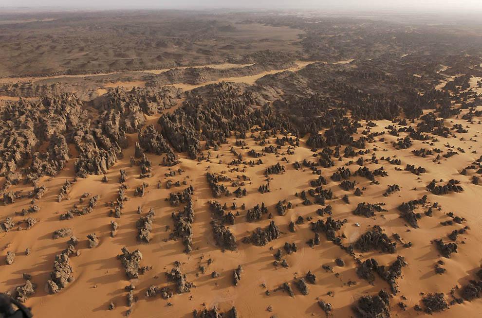 11. Размытые песчаные вершины Маридет. (George Steinmetz)