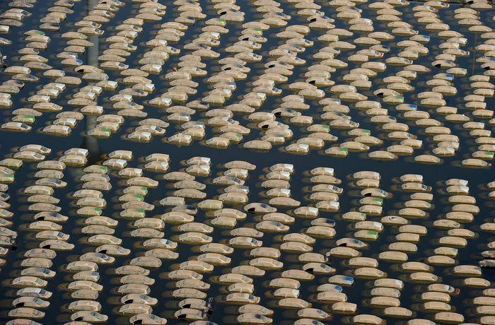 Компания Honda уничтожит более 1000 новых машин, пострадавших в наводнении в Тайланде (25 фото)