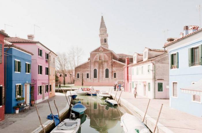 Название города происходит от области Венетия, а та — от племени венетов, которые жили здесь в