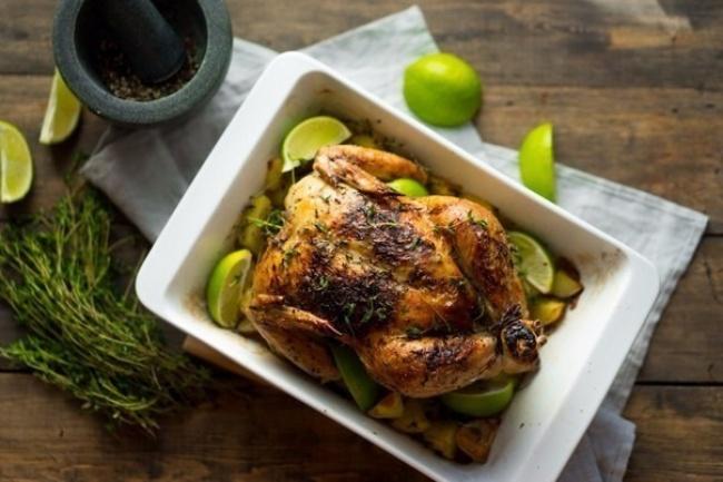 © medmoon  Рецепт. Ингредиенты (на 8 порций): 2 курицы морская соль и молотый черный перец 4 к