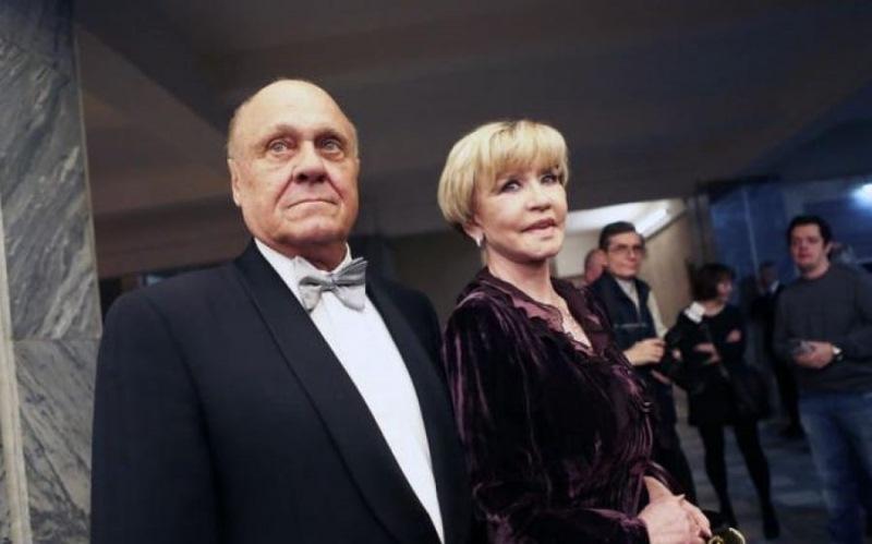 Анастасия Вертинская Анастасия запомнилась зрителям по ролям в фильмах «Человек-амфибия» и «Мастер и