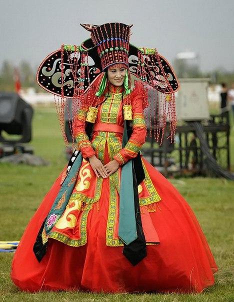 Традиционные свадебные наряды в разных странах мира