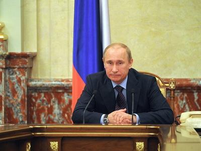 Владимир Путин запустил нефтяное месторождение имени В. Филановского наКаспии