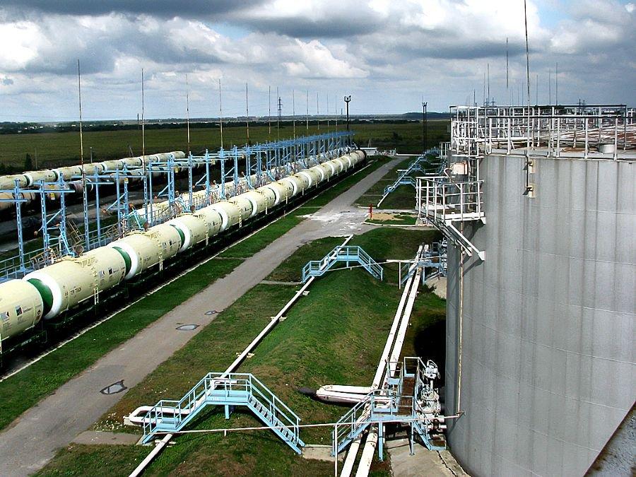 РФ сократит экспорт нефти— Транснефть