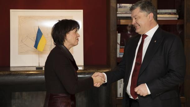 Кибератаки РФ— часть ее повсеместной гибридной войны— Порошенко