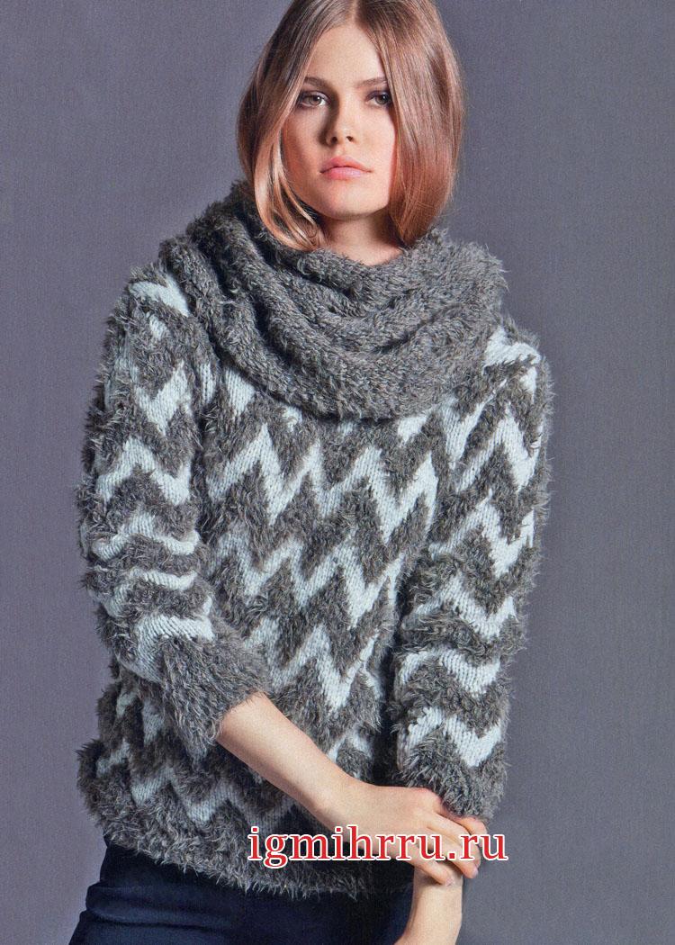 Комплект: пуловер с зигзагообразным узором и снуд. Вязание спицами