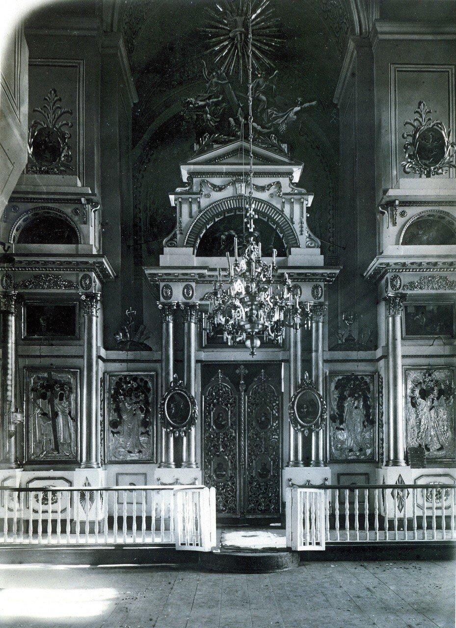 Иконостас церкви Петра и Павла. 1919