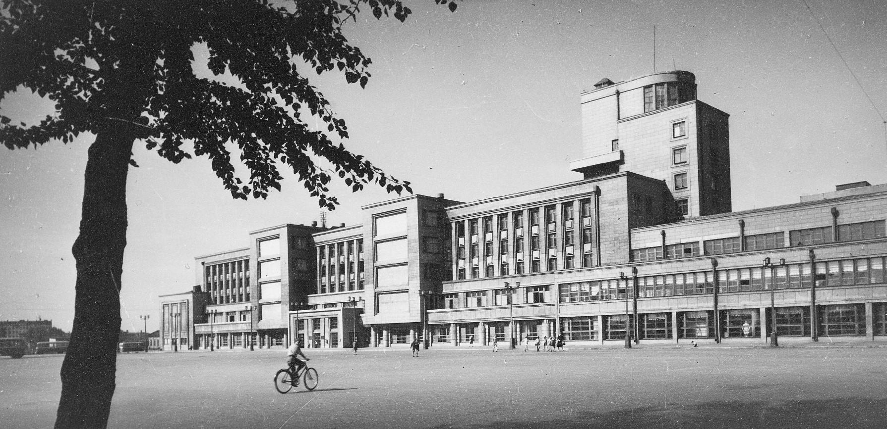 Здание Дома культуры имени Кирова