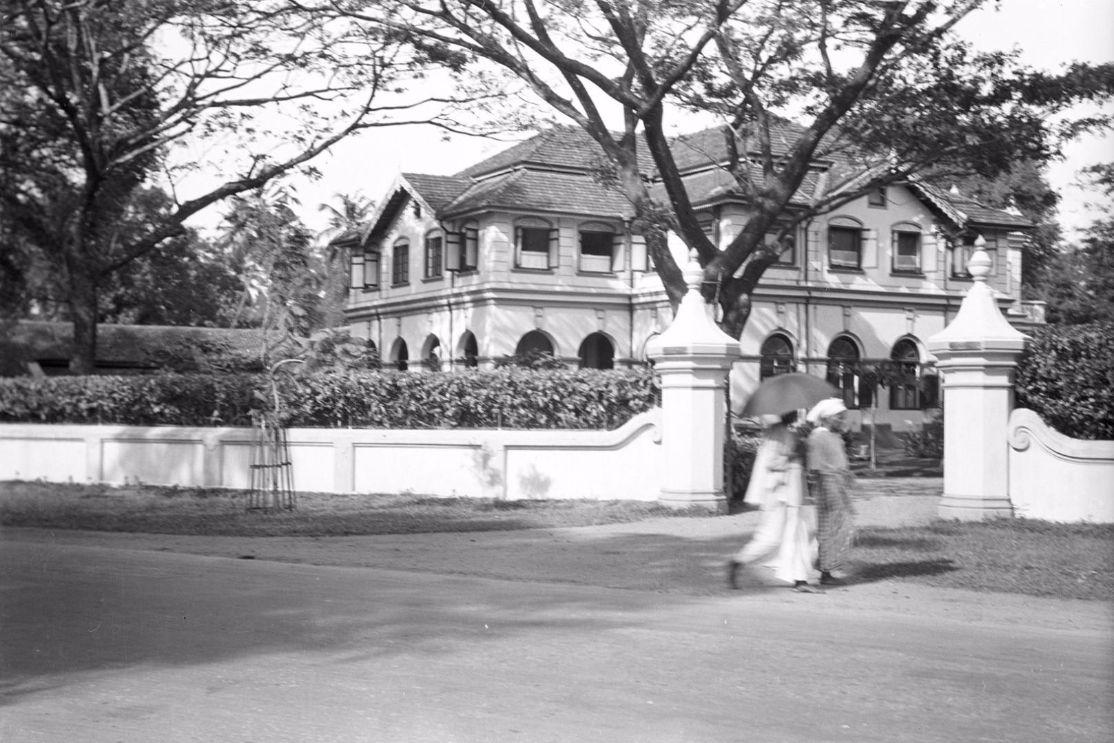 250. Бунгало в Бамбалапитии, пригороде Коломбо