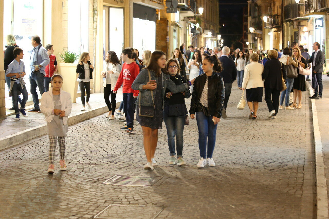 Agrigento. Saturday night on the via Athena