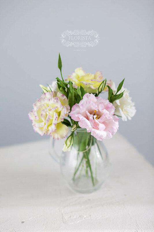 Цветы из полимерных глин.