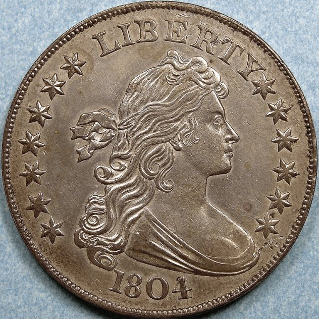 2. Серебряный доллар США, 1804 год Эта монета по праву считается самой известной за всю историю чело