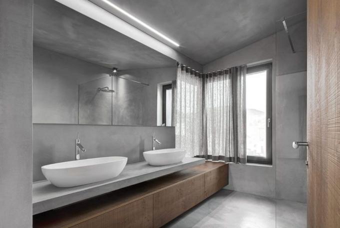 Современный дом из дерева и бетона в Италии