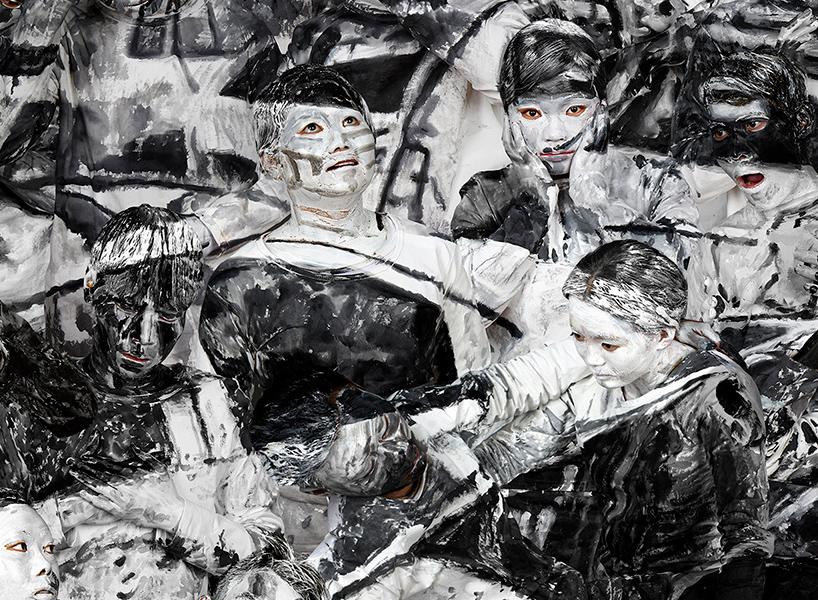 Официальная страница на artnet.com