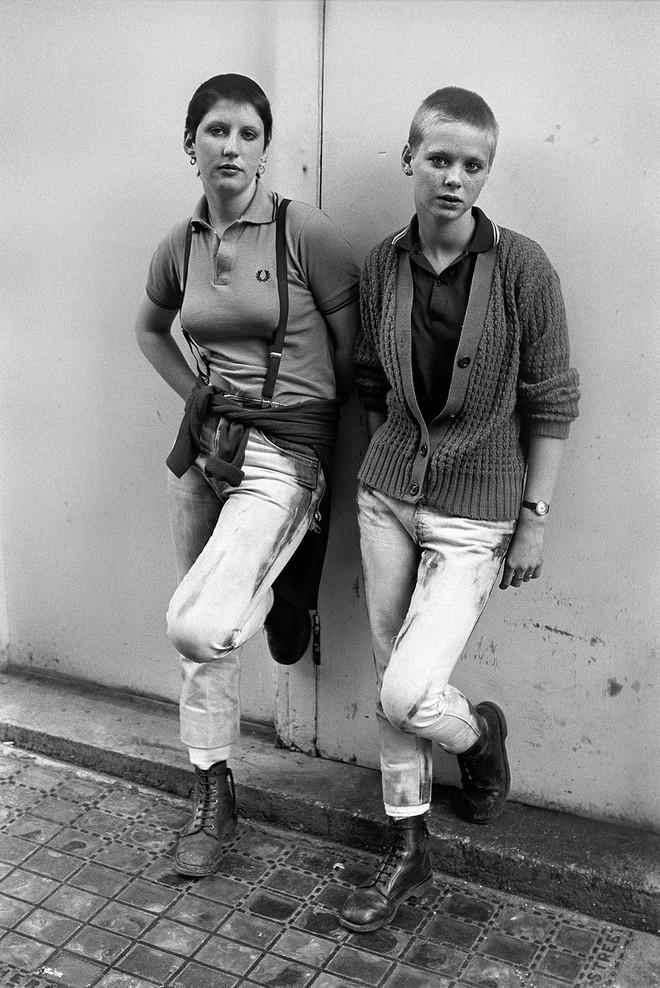 1981. Две девушки-скинхедки на празднике в Брайтоне