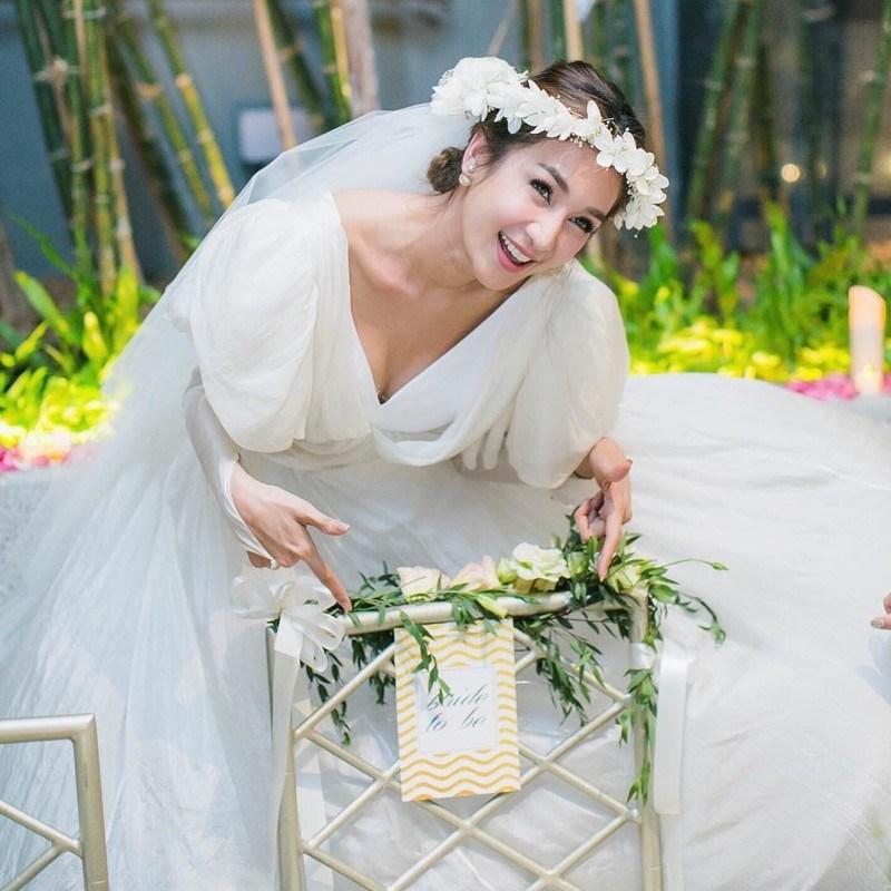 Для большинства людей это и стало бы главным платьем свадебной церемонии