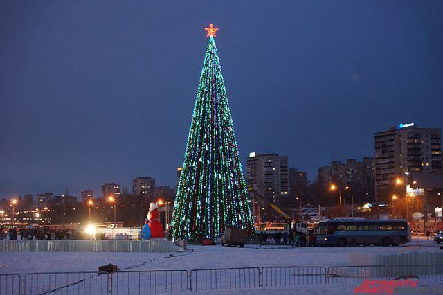 Впермском парке установят елку за750 тыс. руб.