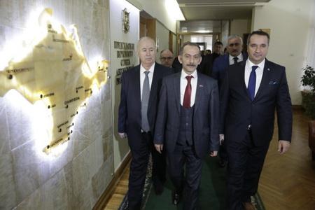 Лидер «справороссов» предложил сделать Крым свободной финансовой зоной
