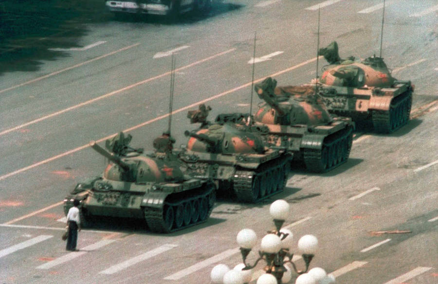 Tank Man / Jeff Widener / 1989