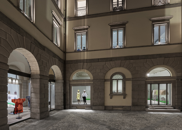 ISSEY MIYAKE'S OPENS ITS FIRST STORE IN MILANO