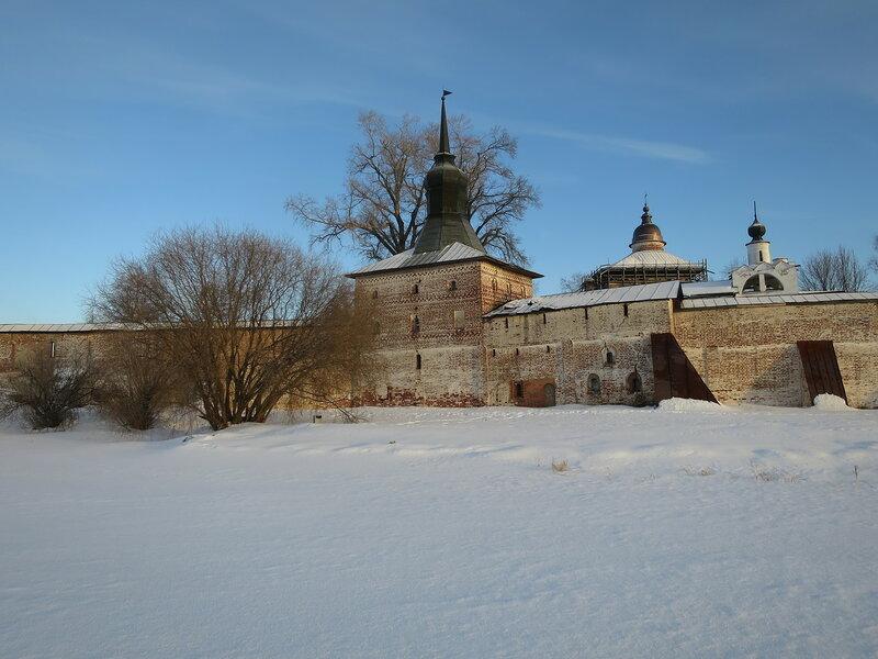 Кирилло-Белозерский монастырь. Глухая башня