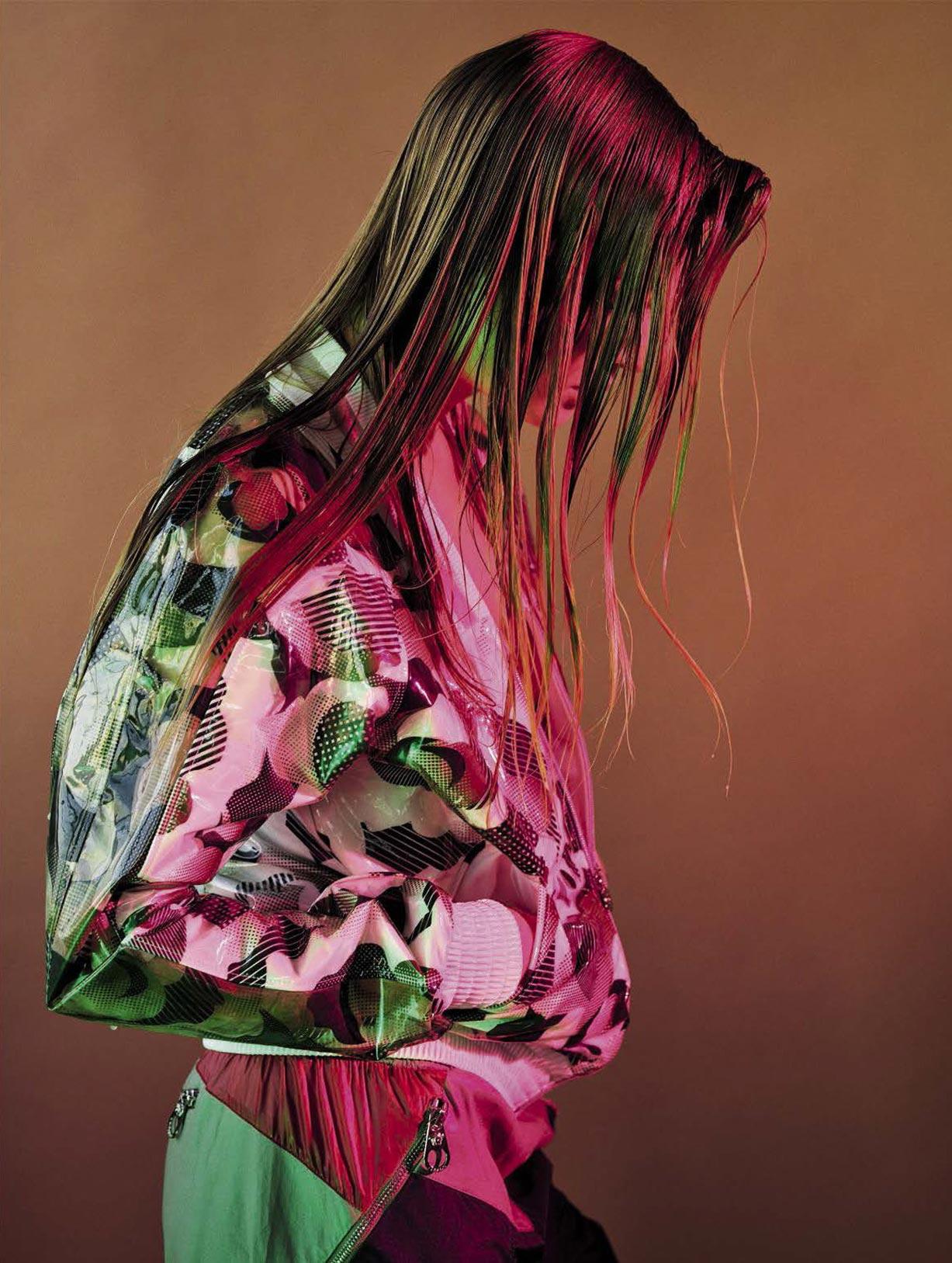 спортивный стиль этого лета - Анна Эверс / Anna Ewers by Mario Sorrenti - Vogue Italia april 2017