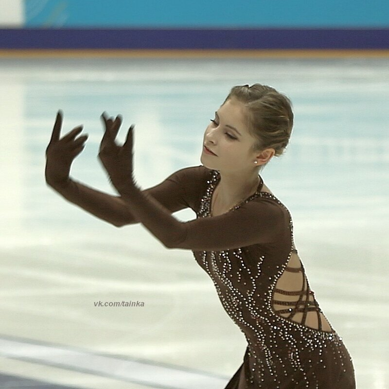 Юлия Липницкая - 5 - Страница 3 0_a3bb1_2d4f65ff_XL