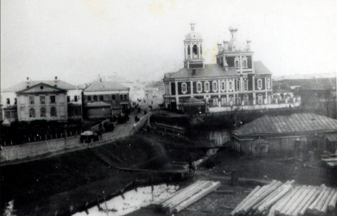 Вид на торговую сторону города реки Трубеж и Гробля, Сергиевский мост и Сергиевскую церковь, 1890-е