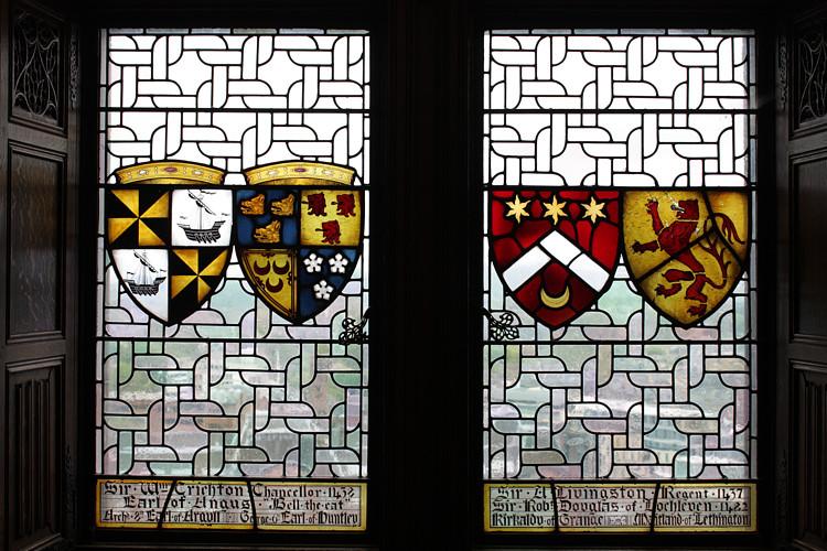 Edinburgh-Castle-stain-glass.jpg