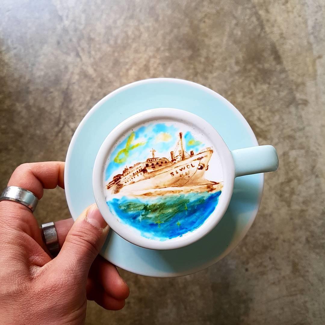 Бариста из Южной Кореи создает удивительные рисунки прямо в кофейной чашке