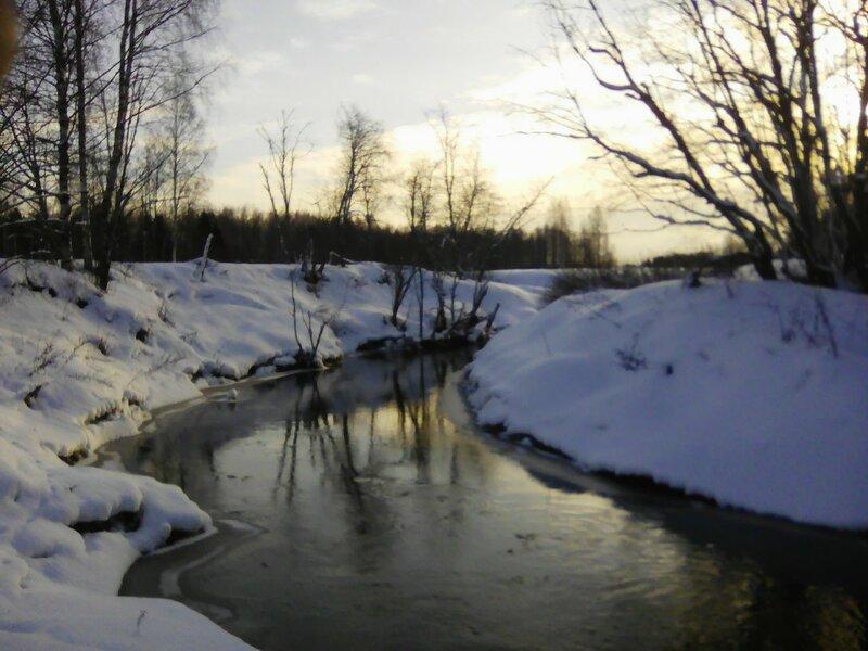 Река Береза готовится зимовать.
