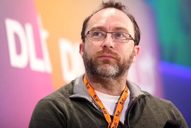 Основатель «Википедии» Джимми Уэйлс запустит онлайн-издание для борьбы сфейками