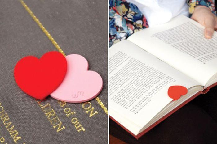 21. Книжные закладки для влюбленных