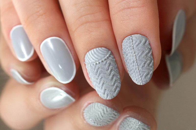 Маникюр-«свитер» – это дизайн ногтей, который так или иначе перекликается с темой трикотажа. Причем,