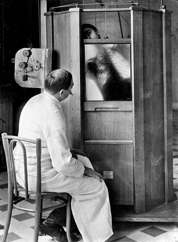 Рентген грудной клетки, Париж, 1914.