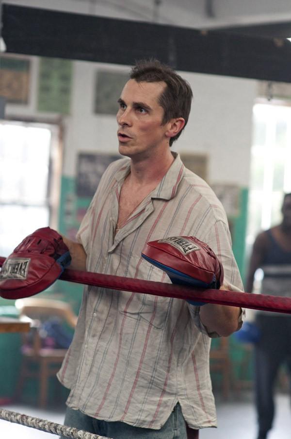 8. Боец (2010) Для того чтобы сыграть кокаинозависимого бывшего боксера, Бейлу пришлось интенсивно з