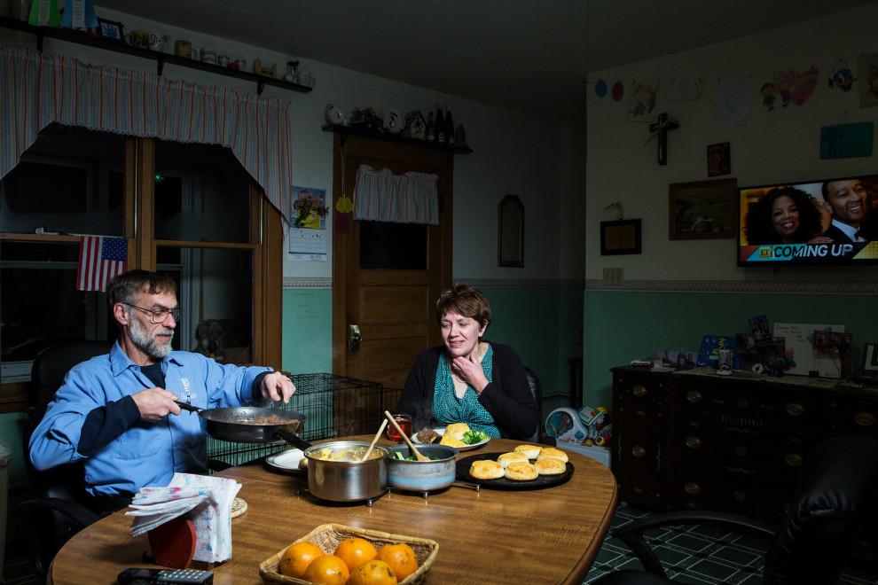 Застольный этикет в семьях обычных американцев